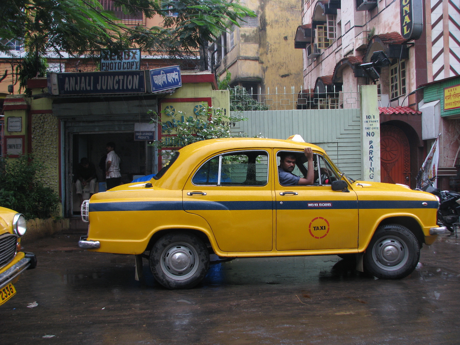 The ubiquitous taxis of Kolkata, Indian