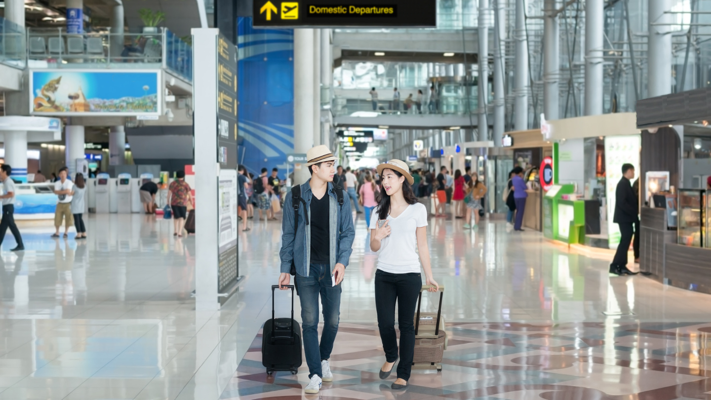 International Airport Arrival Procedures Tourists Luggage