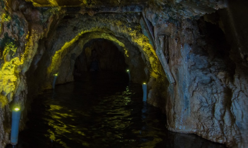 Ainsworth Springs Cave