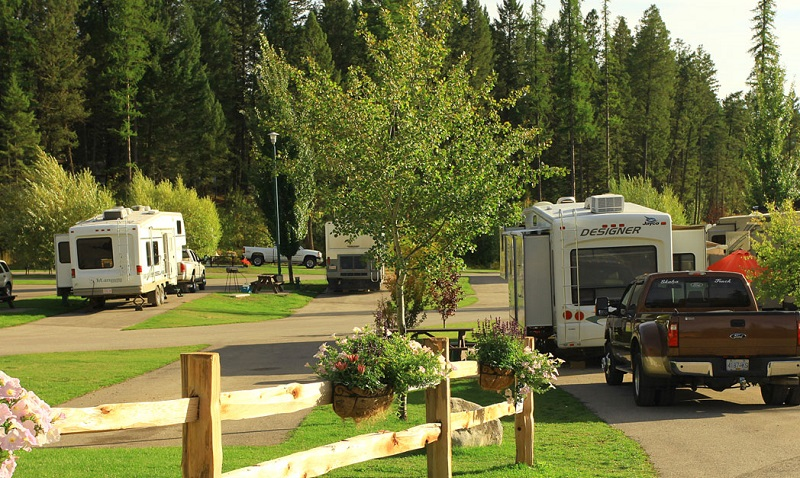 fairmont hot springs campground
