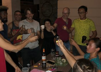 """How to Say """"Cheers"""" in Two Dozen Languages Around the World"""