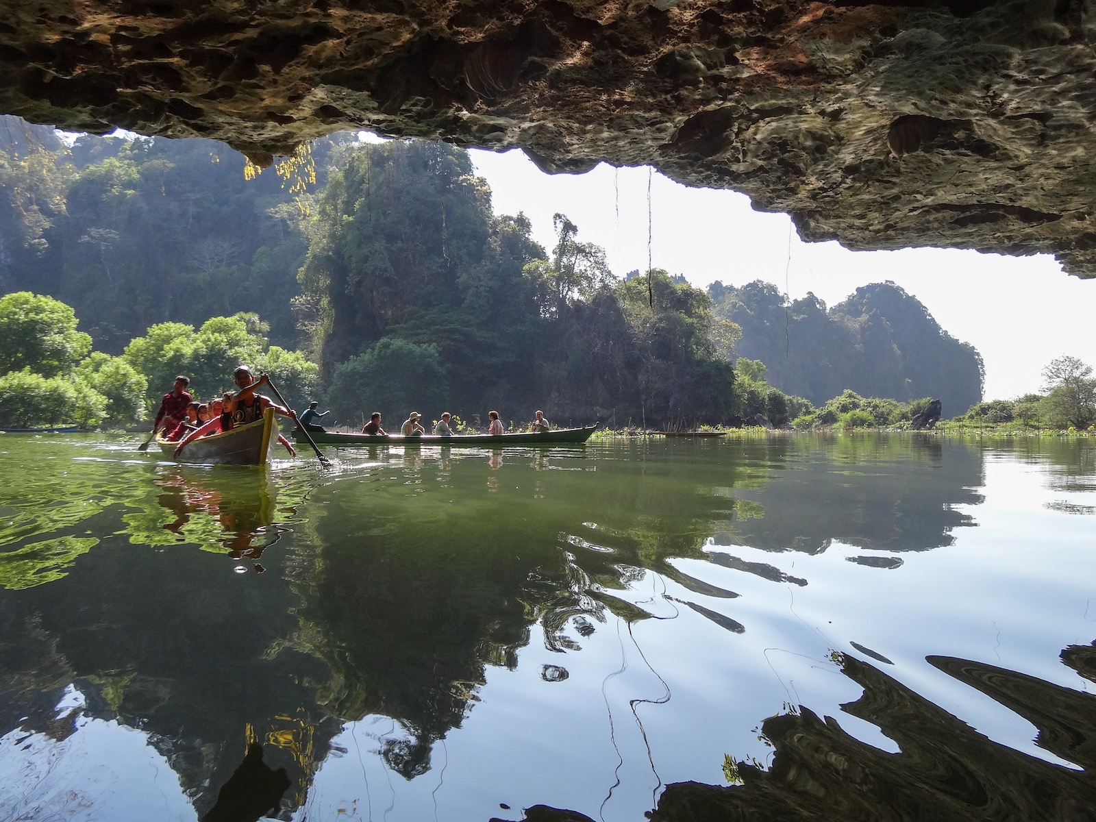 Saddan Cave in Hpa An, Myanmar