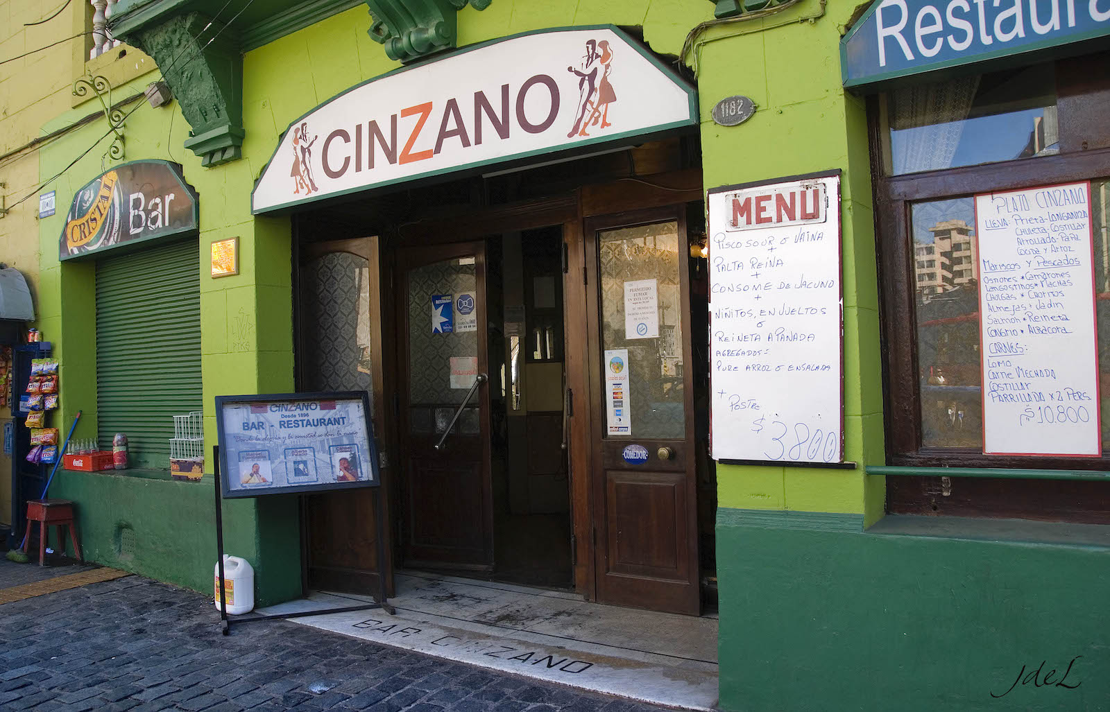 Cinzano Bar in Chile