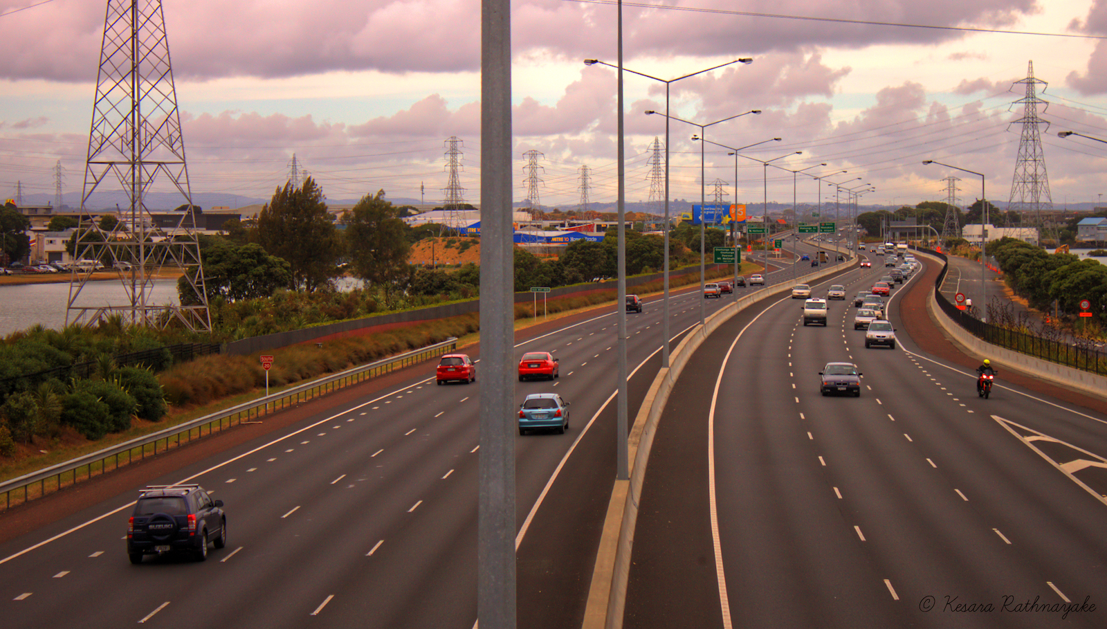 South-Western Motorway - Auckland- New Zealand