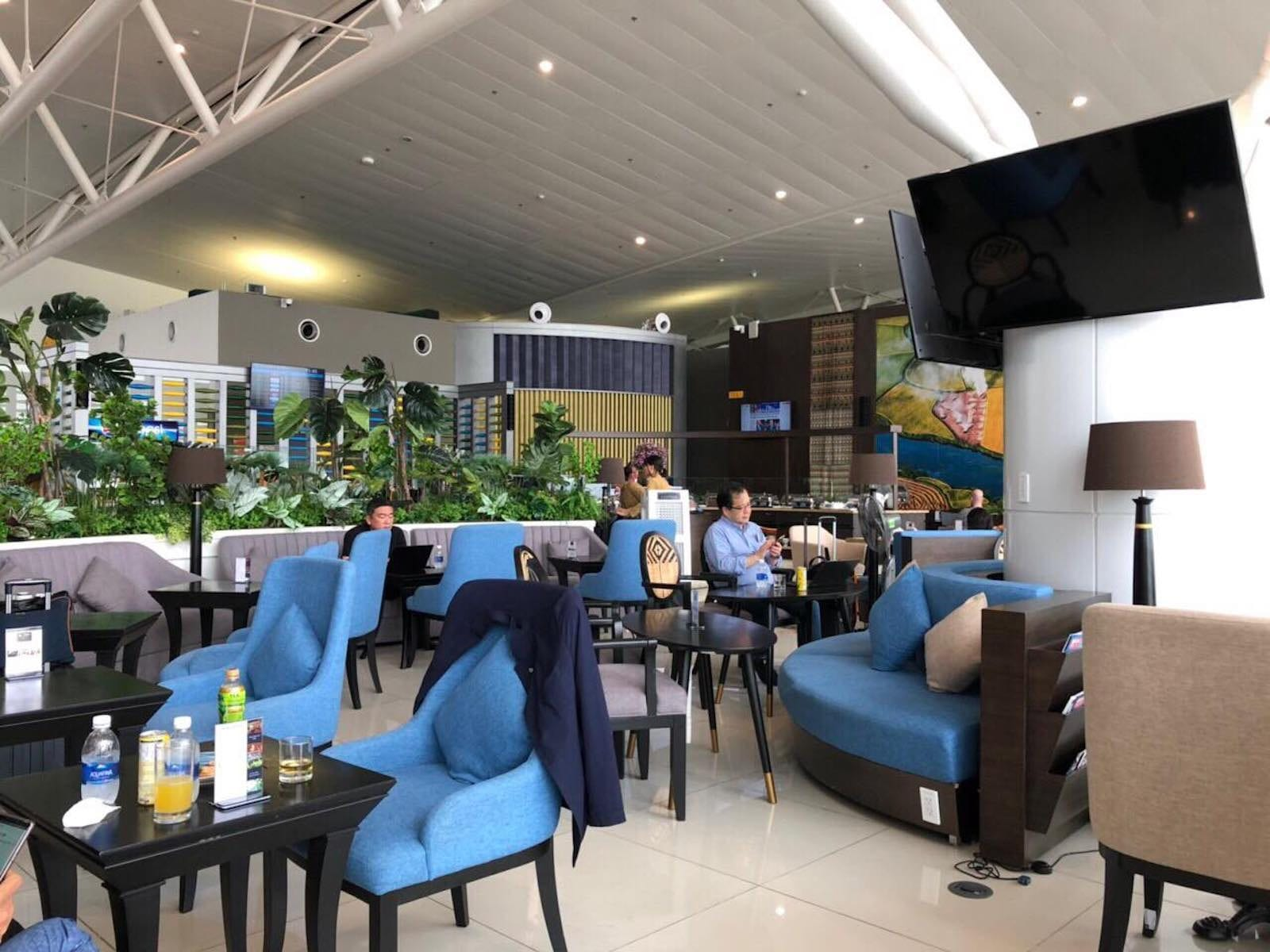 Seating area of Sông Hồng Business Lounge, Noi Bai International Airport