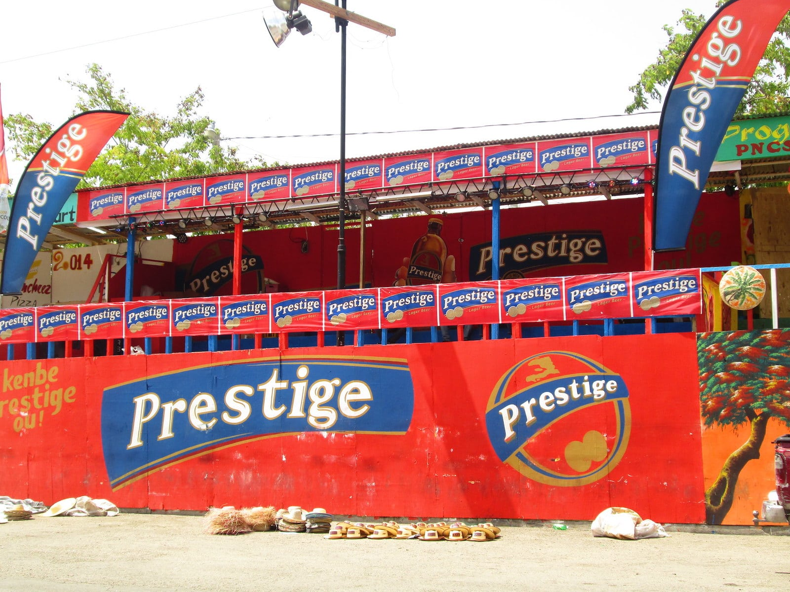 Stand Beer Haitian