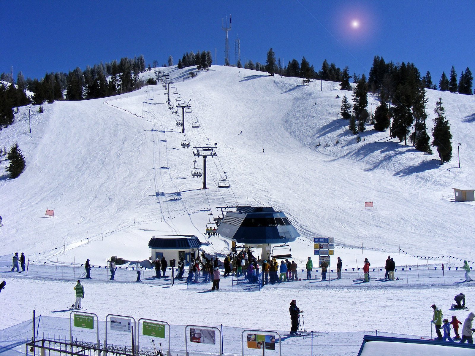Image of the slopes at Bogus Basin Ski Resorts in Boise, Idaho
