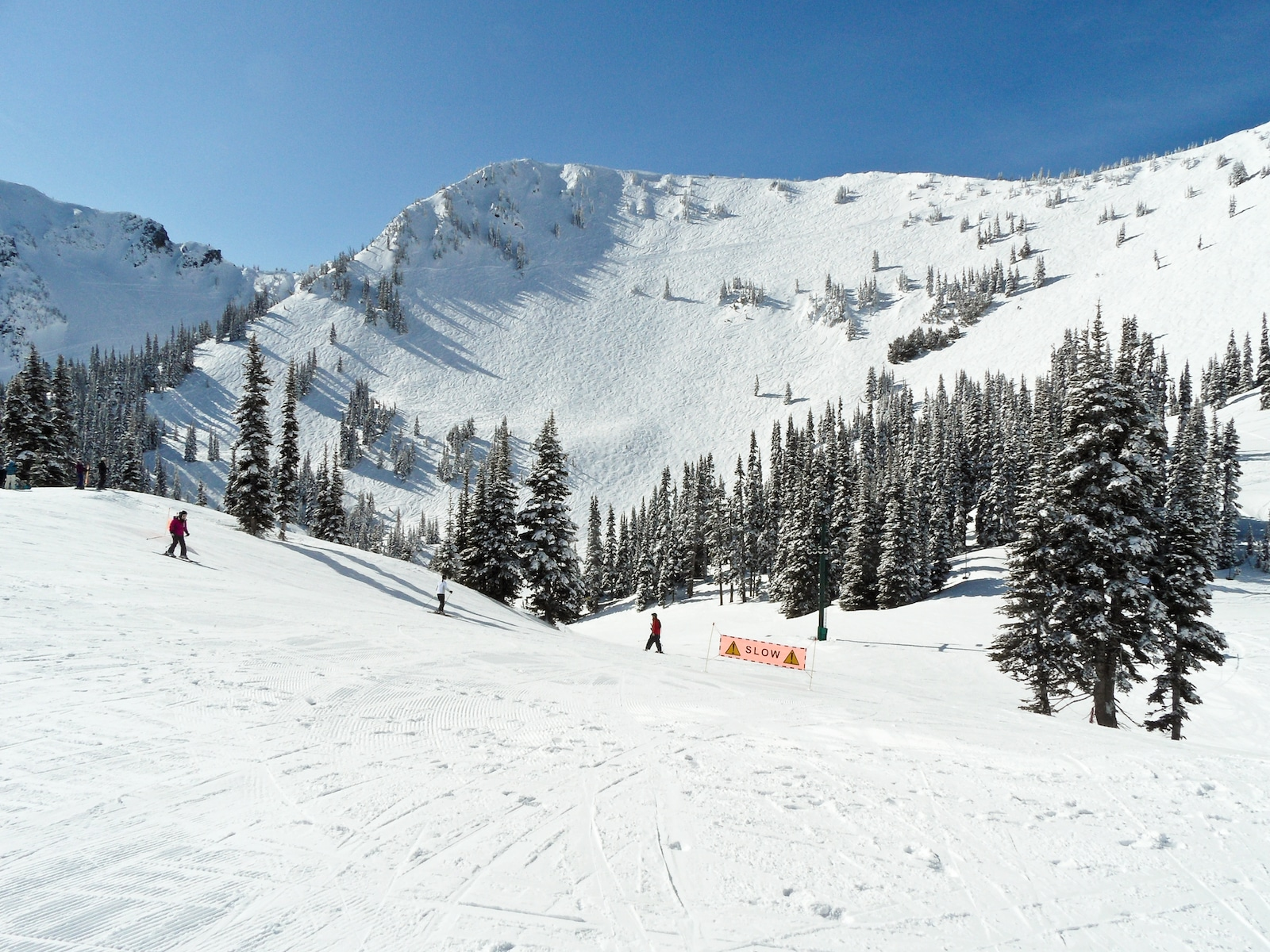 Image of snowy mountain views Crystal Mountain Resort in Washington