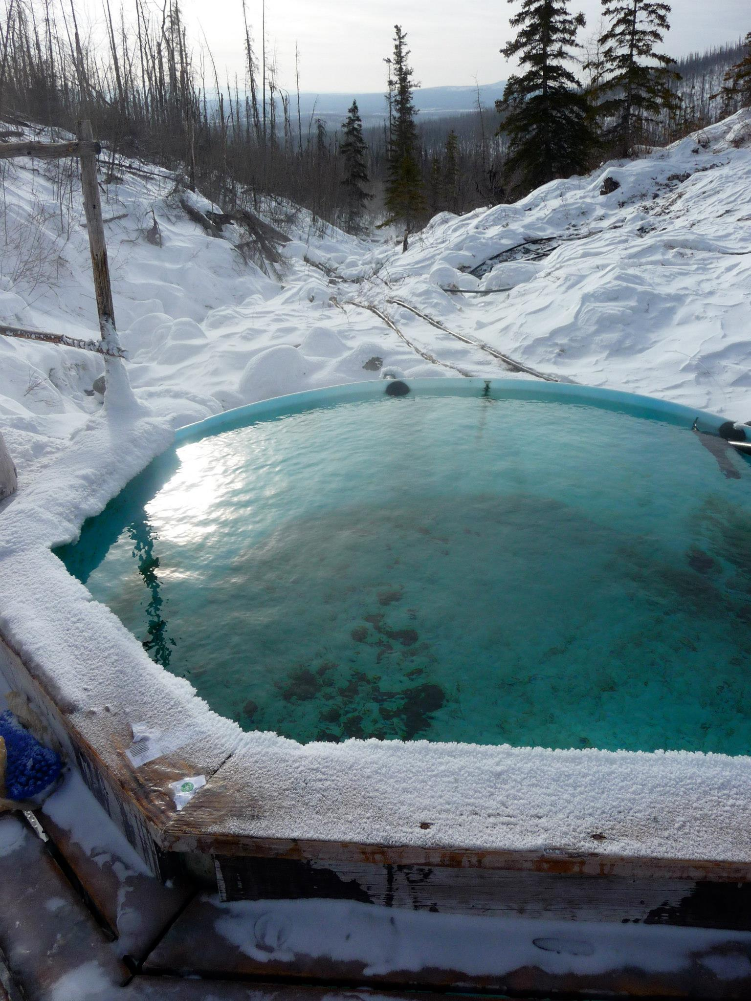 Image of the top tub at tolovana hot springs in alaska