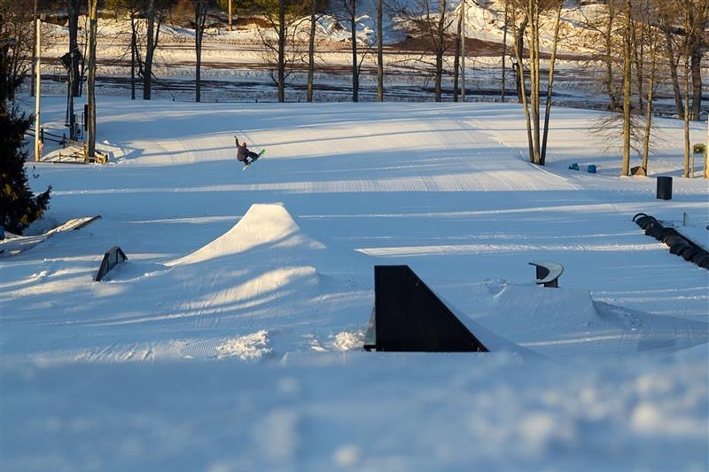 Image of a snowboarder doing tricks at Big Boulder Mountain in Pennsylvania