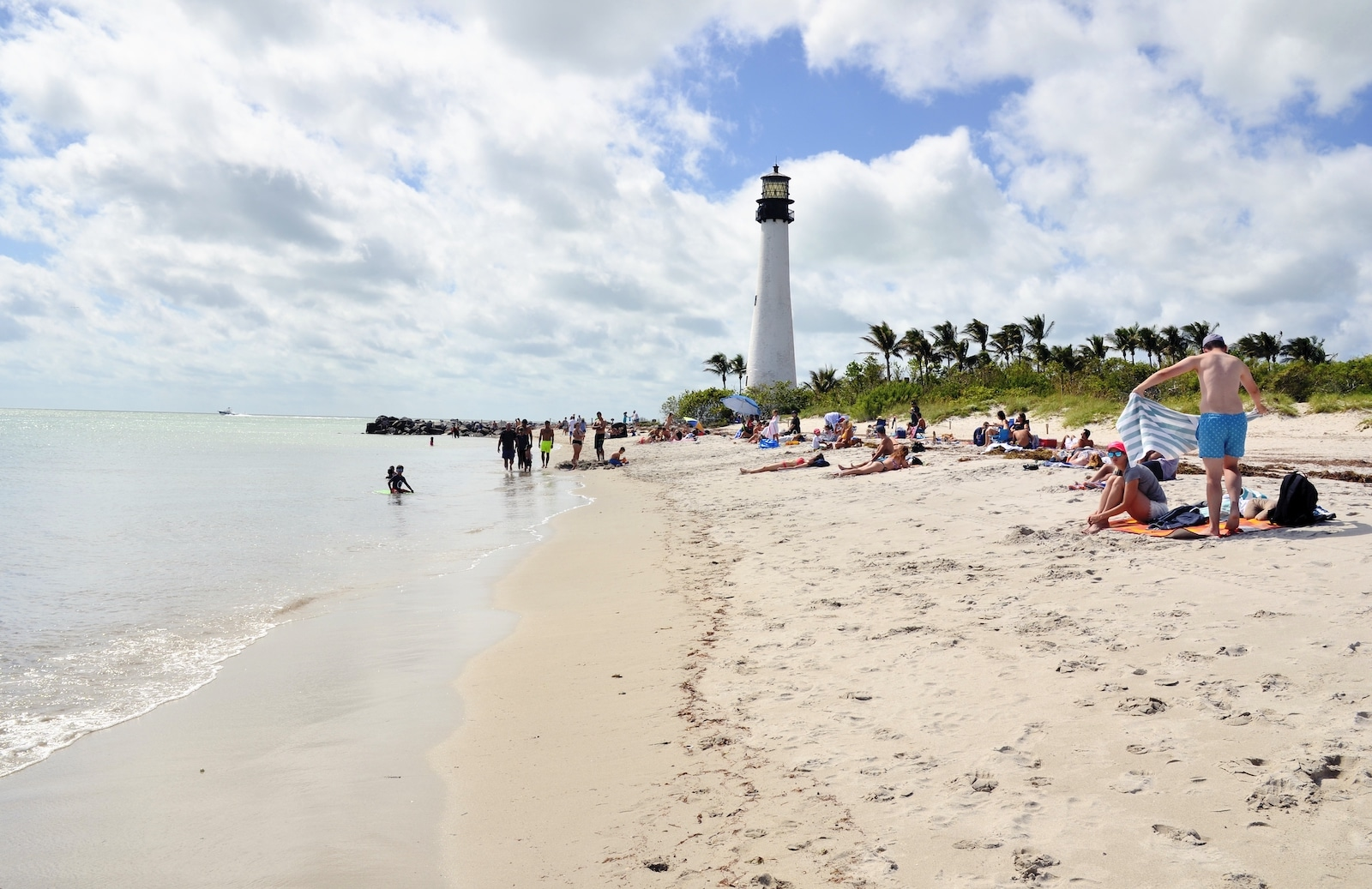 Image of visitors at Bill Baggs Cape Florida State Park