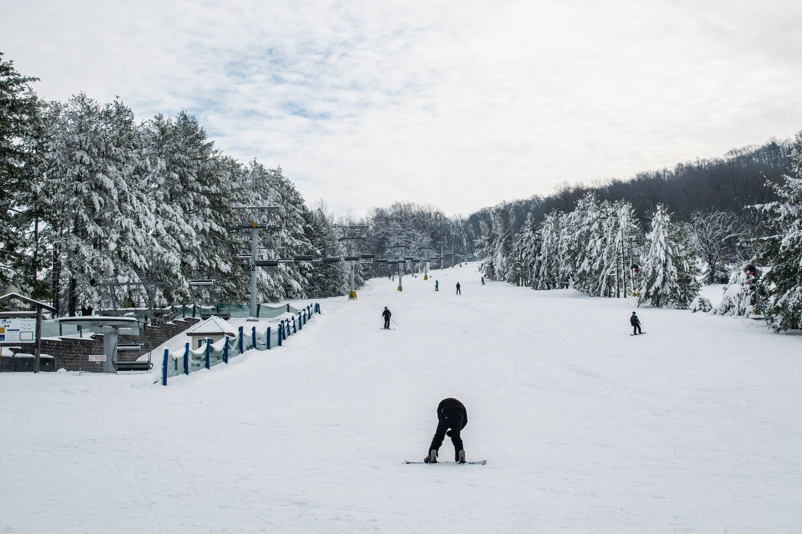 Image of skiers and snowboarders at Liberty Mountain Resort