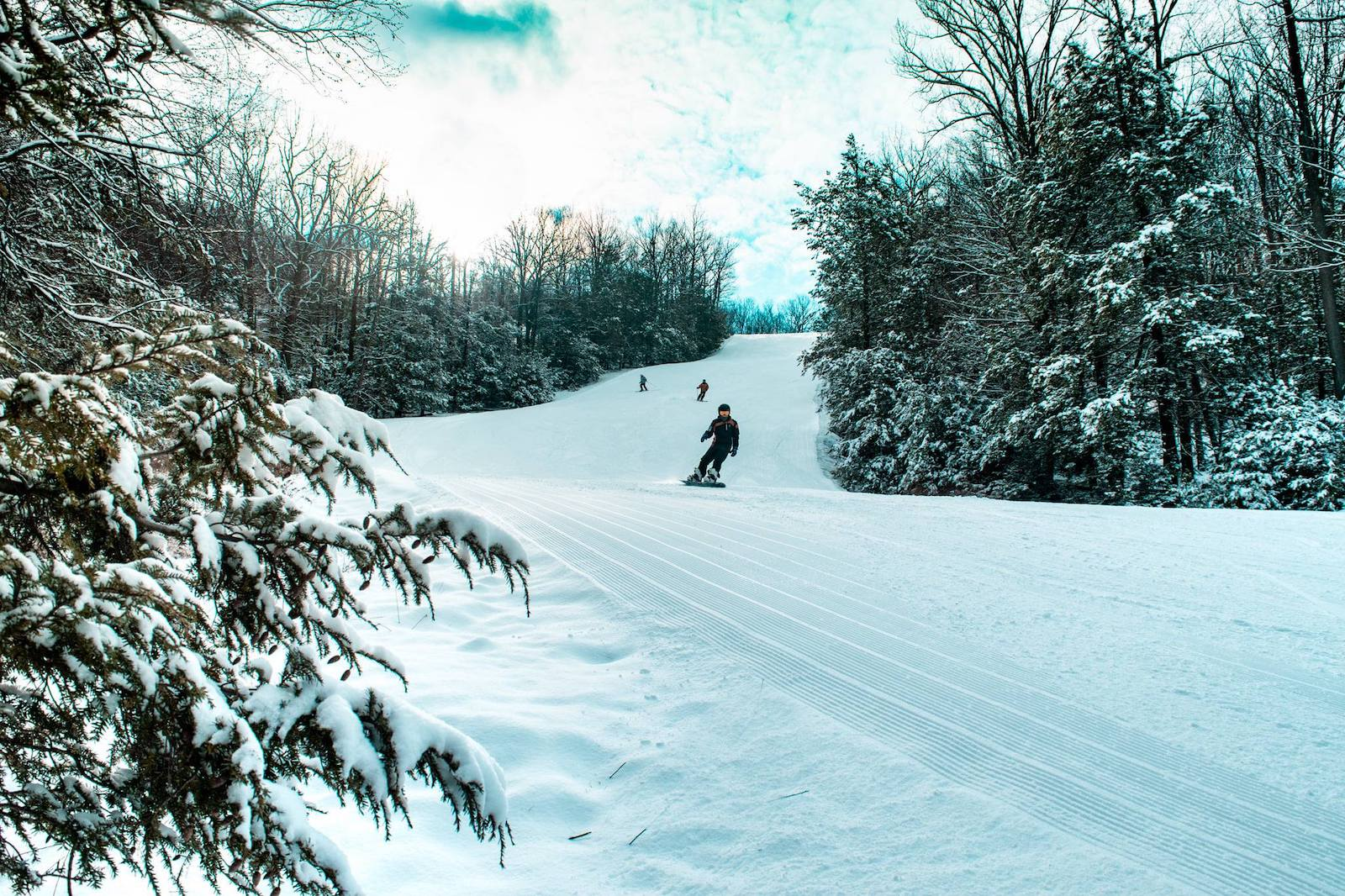 Image of skiers at Montage Mountain Resort, Pennsylvania