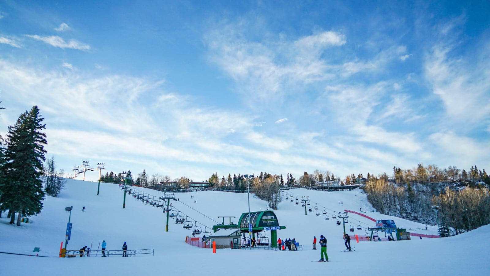 Image of the slopes form the base of Snow Valley Ski Club in Edmonton, Canada